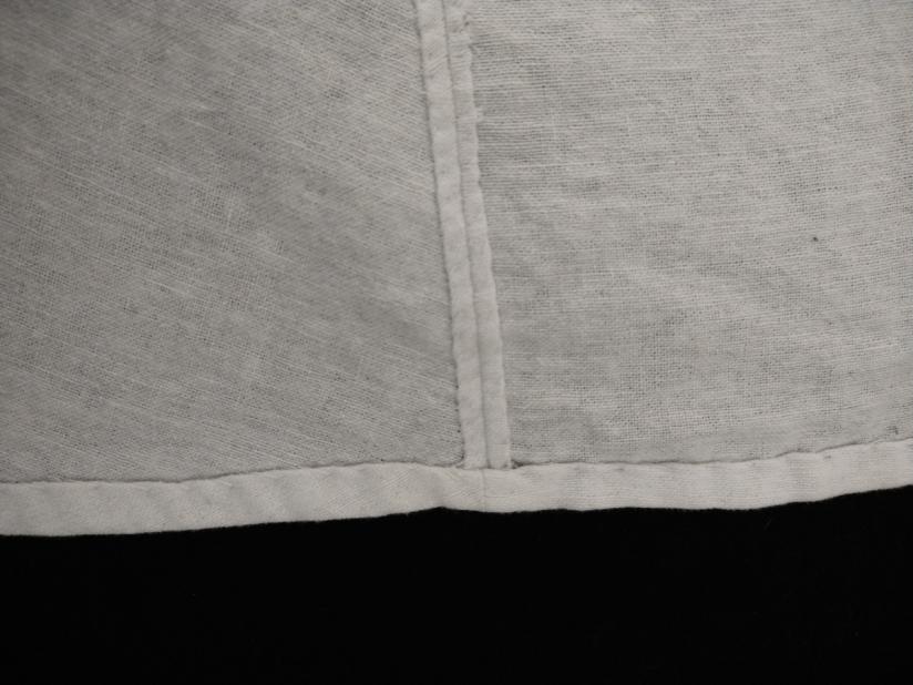 Acabamento interno com hemming stitch